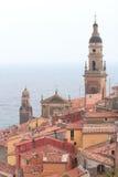 在地中海的欧洲建筑学,芒通 免版税图库摄影