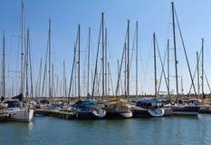 在地中海的游艇 免版税库存照片