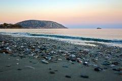 在地中海的美好的日落视图在希腊 库存照片