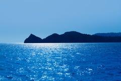 在地中海的Javea Xabia Cabo圣马丁省海角 免版税库存图片