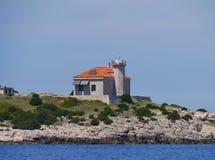在地中海的Ligthouse 库存图片