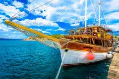 在地中海,克罗地亚的夏天风景 免版税库存照片