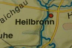 在地图的城市名字海尔布隆 免版税库存照片