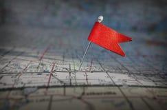 在地图的Pin旗子 免版税库存图片