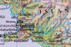 在地图的ReykjavÃk 免版税库存照片