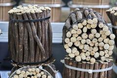 在地方市场摊位的Icorice小树枝 图库摄影