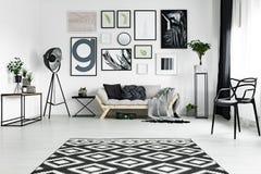 在地板上的地毯 库存图片