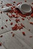 在地板上的碗 图库摄影