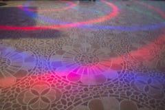 在地板背景的灯光管制线 库存照片