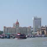 在地标印地安设置的轮渡 免版税库存照片