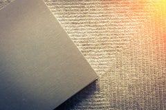 在地毯的写生簿 免版税库存图片