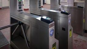 在地铁入口的旋转门 免版税库存照片