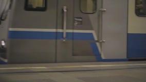在地铁站的火车 股票录像