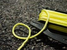 在地面上的黄色串在Constructionsite 库存图片