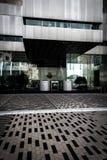 在地面和现代大厦的有趣的样式在波士顿, 免版税图库摄影