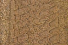 在地面的车轮 免版税库存图片
