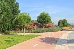 在坎布里尔斯附近的自行车道路 免版税库存图片