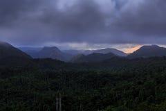 在坎德拉里亚角,古巴附近的日落 库存图片