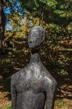 在坎波斯附近雕刻一部分的露天博物馆费利西亚Leirner的汇集,做Jordão 免版税库存照片