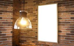 在块墙壁上的空白的照片框架大模型模板 图库摄影