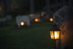 在坟墓的灯笼 库存图片
