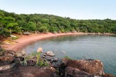 在坦噶尼喀湖的海滩在基戈马市,坦桑尼亚 库存照片