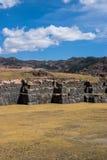 在垂直的Sacsayhuaman详细资料 库存照片