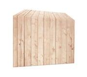 在垂直位置的不对称的浅褐色的木箱 库存照片