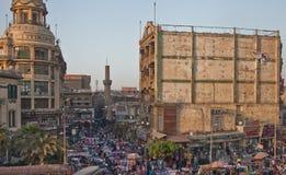 在埃及正方形的人群在开罗 库存照片