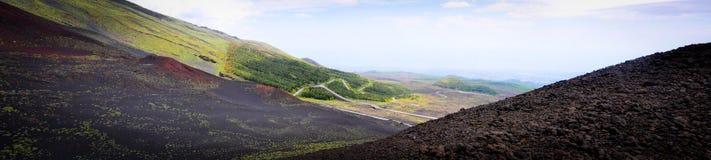 在埃特纳火山的边的月球风景 免版税库存照片