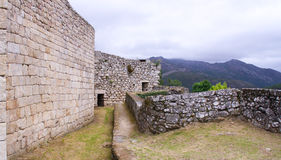在城堡后 免版税图库摄影