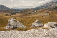在城堡小山,新西兰的岩石冰砾 图库摄影