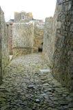 在城堡短号圣彼得港,根西岛的石制品 免版税库存图片