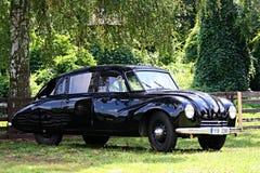 在城堡Loucen的经验丰富的车 捷克2012年7月7日 免版税库存图片
