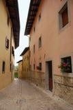 在城堡Monte的街道 免版税库存图片