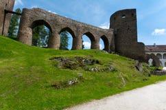 在城堡Velhartice的石桥梁 库存照片