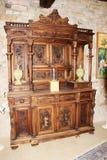 在城堡Zumelle的古色古香的餐具柜,在贝卢诺,意大利 库存图片