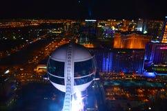 在城市上的拉斯维加斯Skyroller客舱,夜视图,拉斯维加斯,内华达,美国 库存图片