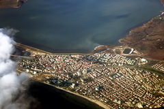 在城市伊斯坦布尔视图之上 免版税库存照片