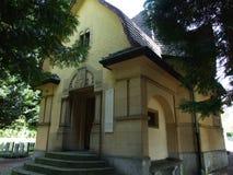 在城市公墓的犹太犹太教堂 免版税库存图片