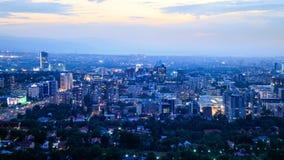 在城市夜 阿尔玛蒂,哈萨克斯坦 4K 影视素材