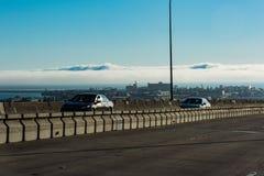 在城市的云彩 库存照片