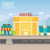 在城市空间的旅馆大厦与在舱内甲板的路 图库摄影
