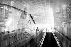 在城市背景的抽象连接小点 两次曝光eff 库存图片