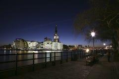 在城市都市风景大厅伦敦附近 免版税图库摄影