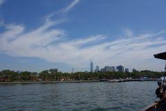 在城市飞剪机38的水天2014年城市 库存照片
