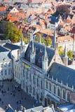 在城镇厅的顶视图 免版税库存图片