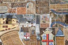 在城镇墙壁的有历史的马赛克在Zell 免版税库存图片
