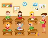 在基本,小学、孩子和老师的教训在教室 皇族释放例证