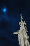 在基督・耶稣月亮雕象之外 库存图片